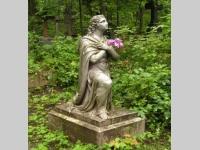 |†| Надгробные скульптуры